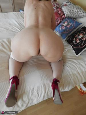 Nude bbw amateur butt something